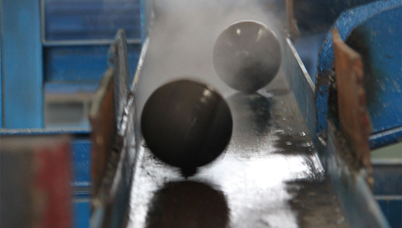 steel grinding ball in process